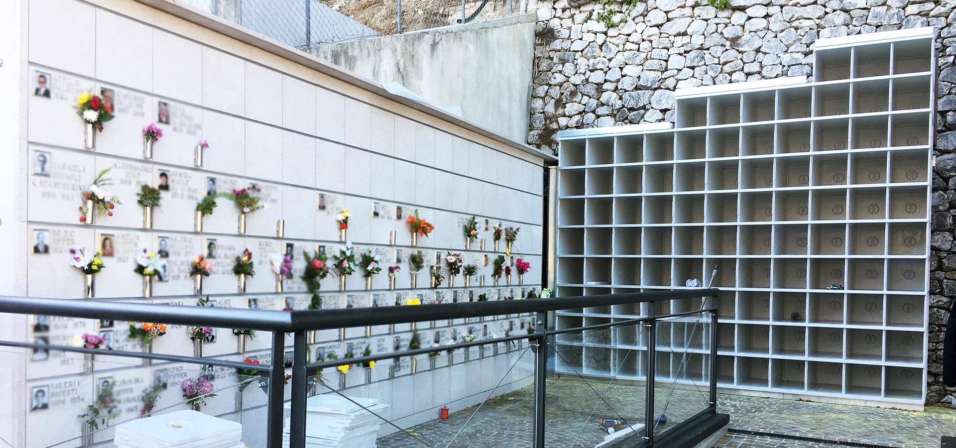 Ossari in alluminio realizzati e installati in cimitero da Bosisio